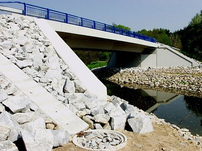 Míreč, Bridge Reconstruction